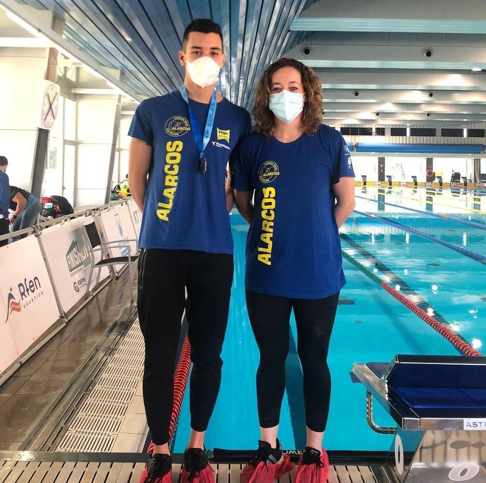 Alonso Gonzalez y Patricia Perez